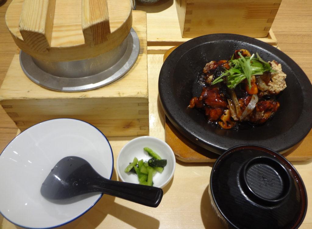 黒酢炒め定食