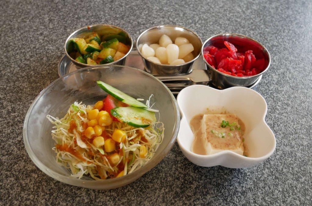 サラダ、小鉢など