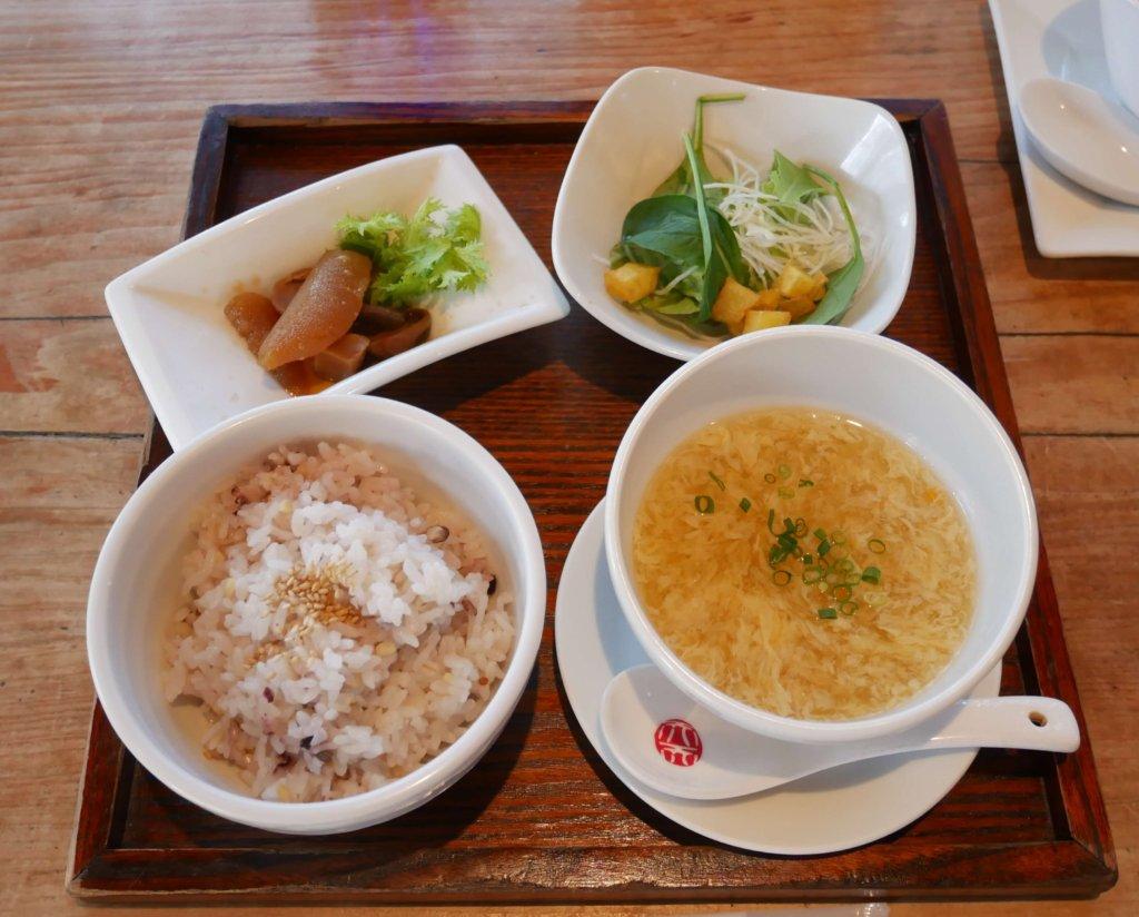 ご飯、スープなど2