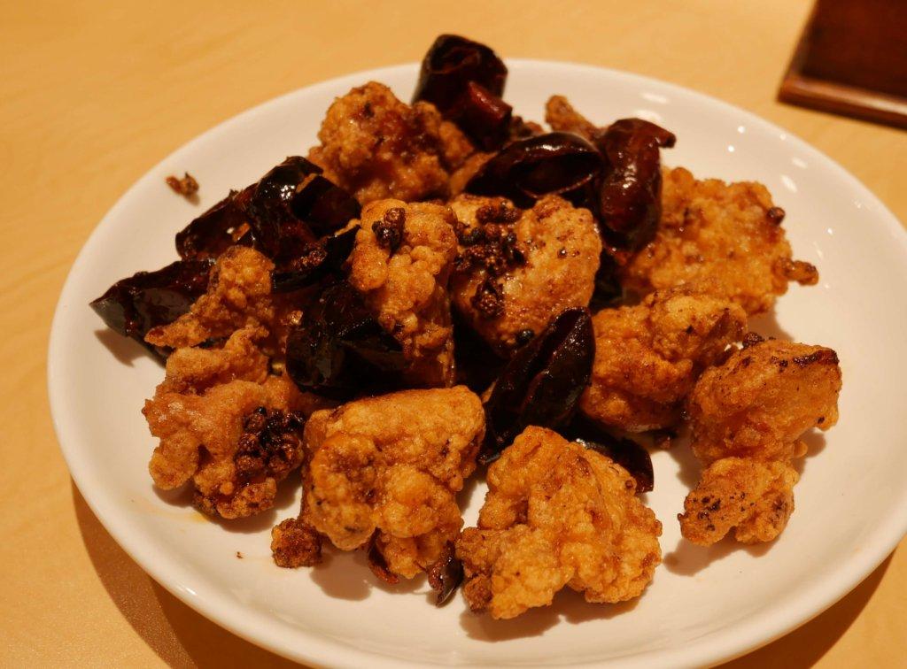 四川風若鶏の辛味炒め